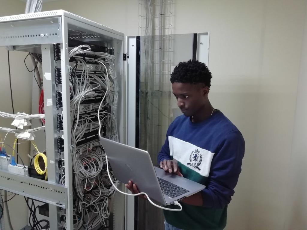 Kekurangan Data Center