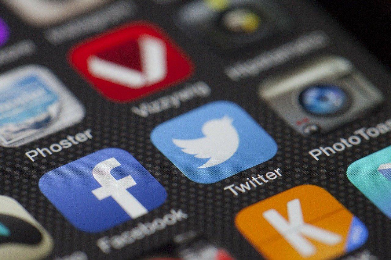 Inilah Cara Melihat Stalker Twitter yang Pastinya Anti Gagal